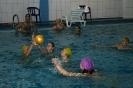 Матч по водному поло среди женских команд